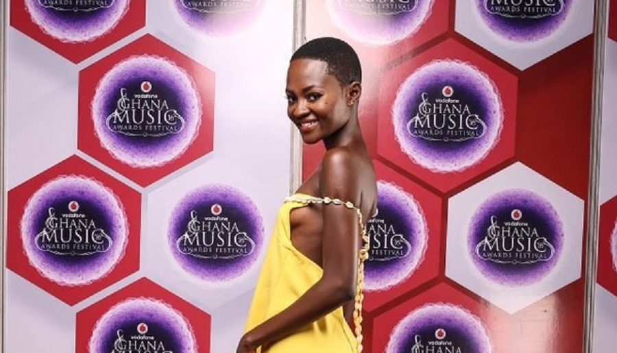 Photos Female Celebrities Who Show Their Boobs And Butts On Vgma 2016 Red Carpetphotos Female Celebrities Who Show Their Boobs And Butts On Vgma 2016 Red Carpet Live 91 9 Fm