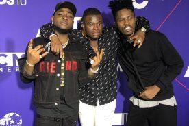 Photos: Kwesi Arthur with Davido & Big Shaq @ pre…