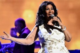 Queen of Soul Aretha Franklin dead at age 76