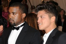 DRAKE RUMORED TO RELEASE NEW SINGLE WITH BRUNO MARS AHEAD…