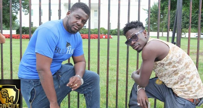 Family of the late Fennec Okyere have called for the arrest of Shatta Wale and  Bulldog.